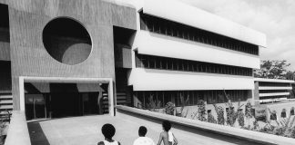 University of Ife in Ile-Ife, Nigeria, von den Architekten Arieh Sharon, Eldar Sharon und Harlod Rubin.