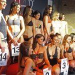 14 Frauen in Bademoden wollten Miss Berlin 2018 werden.
