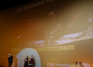 """Gewinner des Panorama-Publikumspreises. In der Mitte: Panorama-Chefin Paz Lavaro. 2. Platz Doku: """"Partisan""""."""