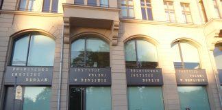 Fassade des Polnisches Kulturinstituts, Burgstraße 27 in Berlin-Mitte