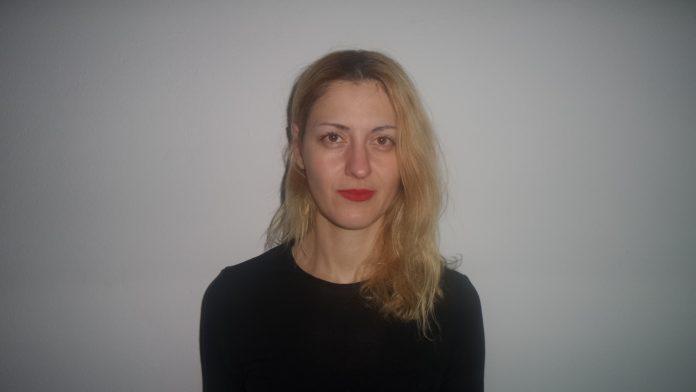 Schauspielerin Betty Despoina Athanasiadou nach der letzten Aufführung von