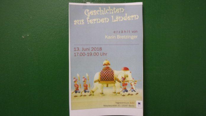 Handzettel am Schwarze Brett der Gitschiner 15 in Kreuzberg für Veranstaltung in Wedding