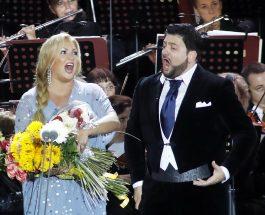 Zwei Juwelen der Oper strahlen am Berliner Abendhimmel – Zum Konzert in der Berliner Waldbühne von Anna Netrebko und Yusif Eyvazov mit den schönsten Arien und Duetten von Verdi und Puccini