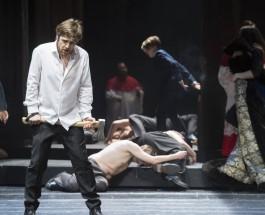 """Nichts für Sensibelchen oder Ikone der Schwulenbewegung – Oper """"Edward II."""" von Andrea Lorenzo Scartazzini in der Deutschen Oper Berlin"""