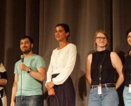 """Volk ohne Land oder: Welche Farbe hat der Frosch in deinem Hals? """"Haus ohne Dach"""" eröffnet 7. Kurdisches Filmfestival in Berlin"""
