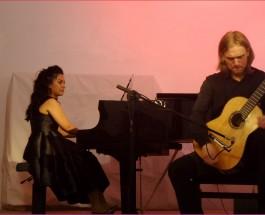 Die Wilmersdorfer Straße hat einen neuen Konzertsaal! Eleonora Kotlibulatova und Evgeny Beleninov brillieren an Gitarre und Flügel