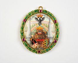 "Medaillon aus dem ""Sophienschatz"" kehrt ins Stadtmuseum Dresden zurück"